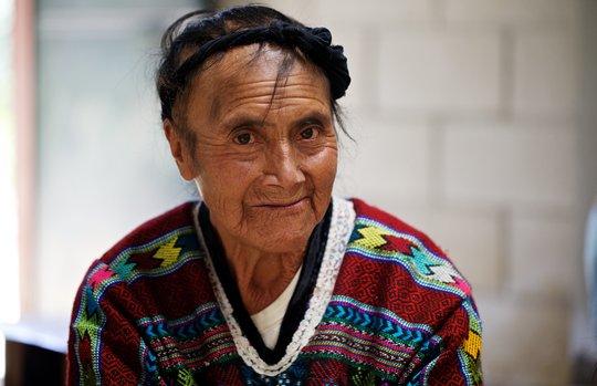 Romina, Midwife