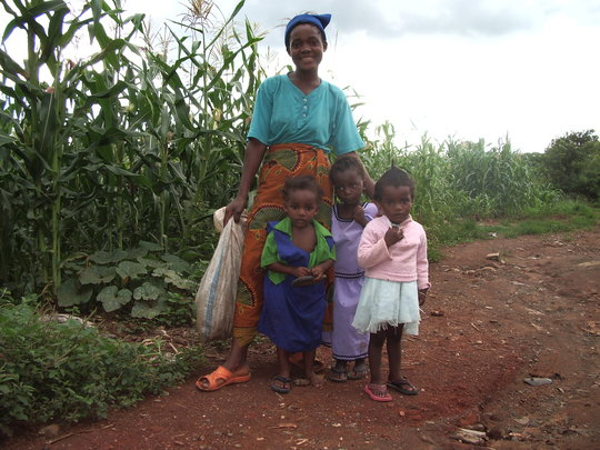 Help 60 Families Feed Their Children in Malawi