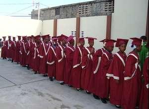 Les Bons Samaritain Graduates