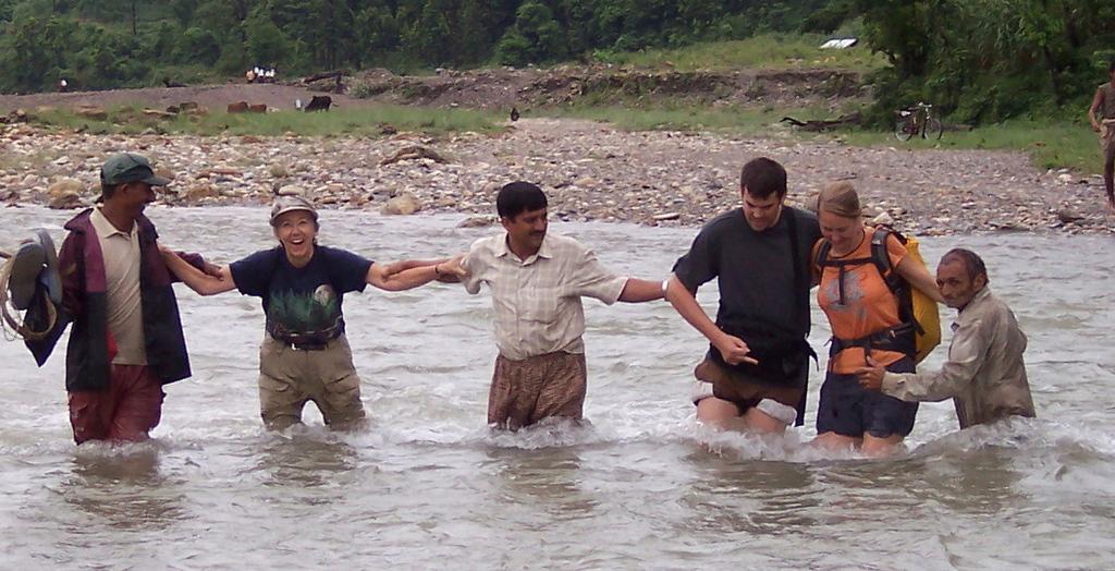 Volunteers nearing Gadhi bridge site
