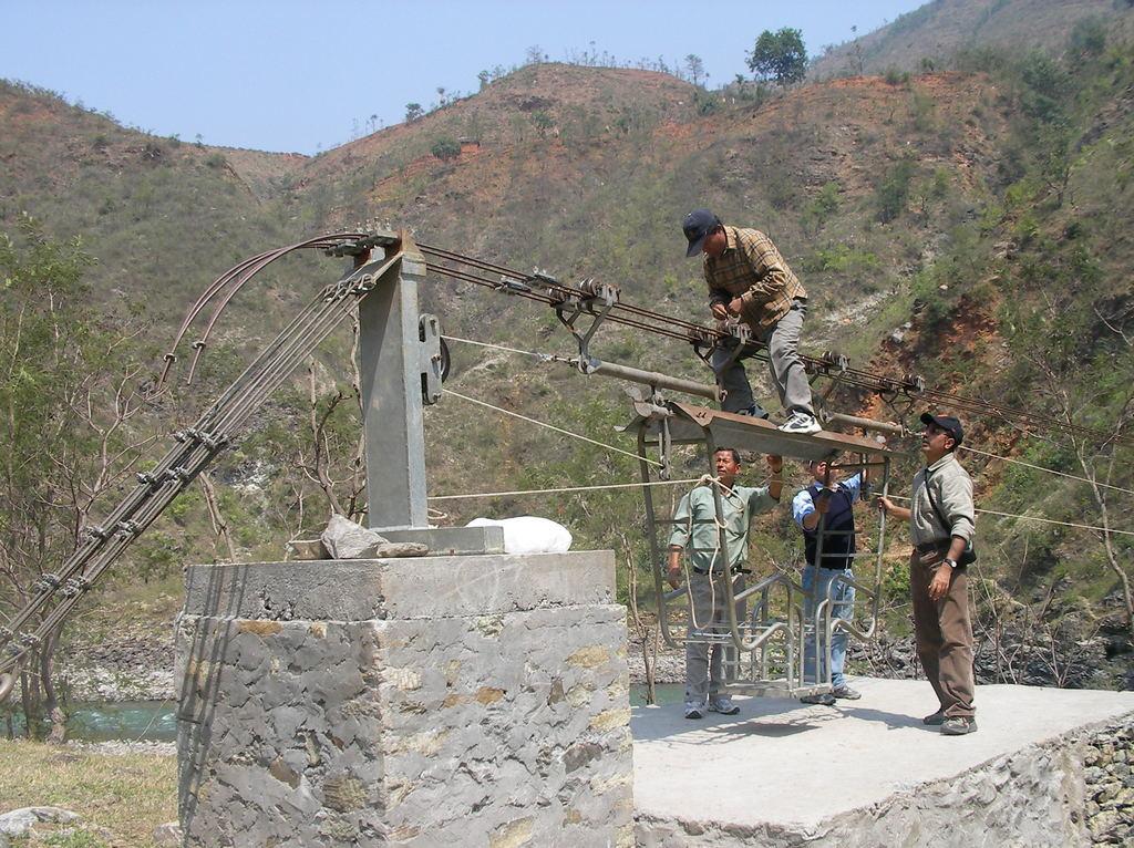 Service of Maluwabesi bridge