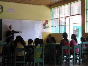 RP intern teaching English