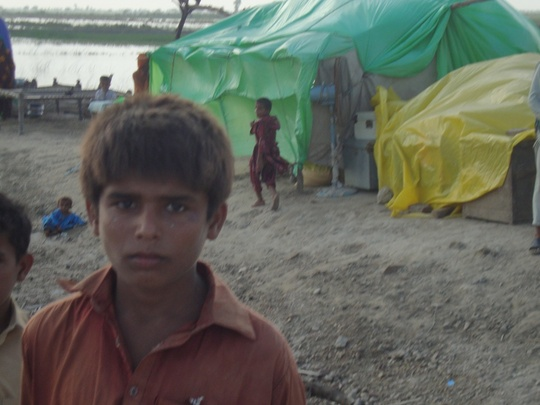 IDPs forced to live orad side no place