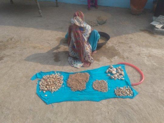 women preparing Nadi filter