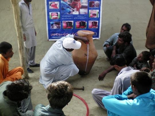 Nadi Filter Installation Demonstration at Village