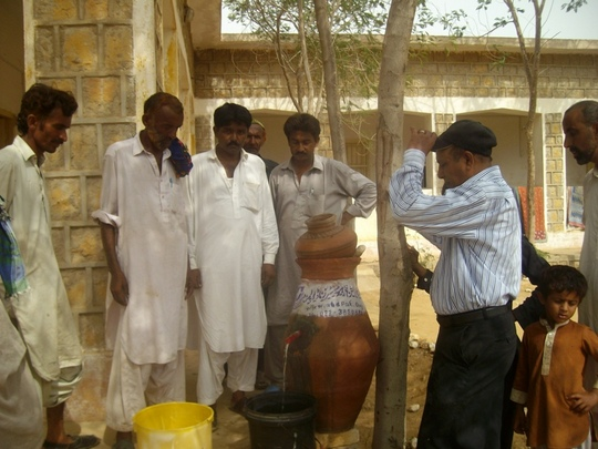 Nadi filter installed for IDPs for safe drinking