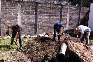 Preparing the ground enthusiastically