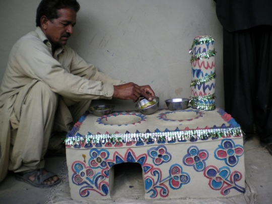 Men also took part to construct cooking stove