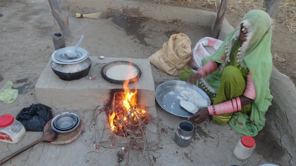 She enjoyed to make chapate and Sabze on AHD model