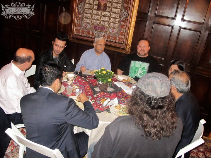 Dinner Discussion at Sonic Peacemakers Fundraiser
