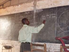 Volunteer facilitators guide students' learning
