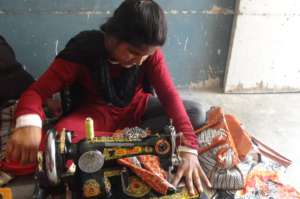 Skilled Young women in Sikandrabad