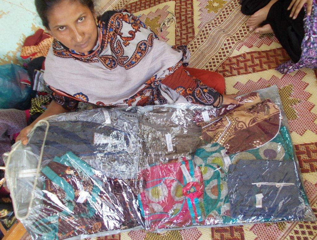 Women earning income near kali Morree