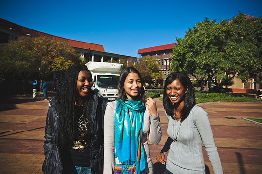 Alutho, Tasneem and Shakeelah on Campus