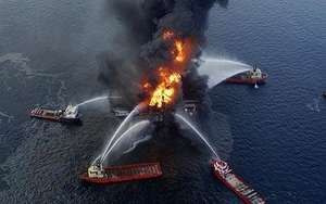 Aerial shot of Gulf Oil Fire