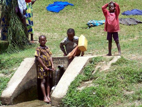Viva con Agua Brings Clean Water to Rwanda