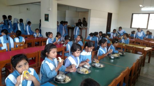 Students enjoying their breakfast