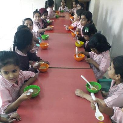 Socializing while enjoying porridge