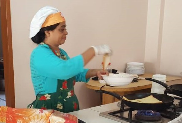 Breakfast chef Abida at work