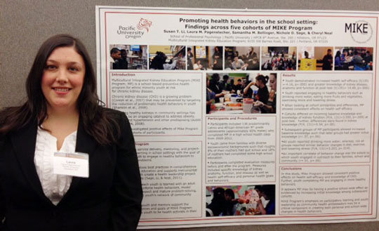 Laura Pagenstecher presents poster at SOPHE