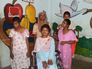 Manisha, Rani, Sapna, Suman & Asha with us now