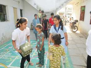 Children learned importance of Herbal Holi - CEE