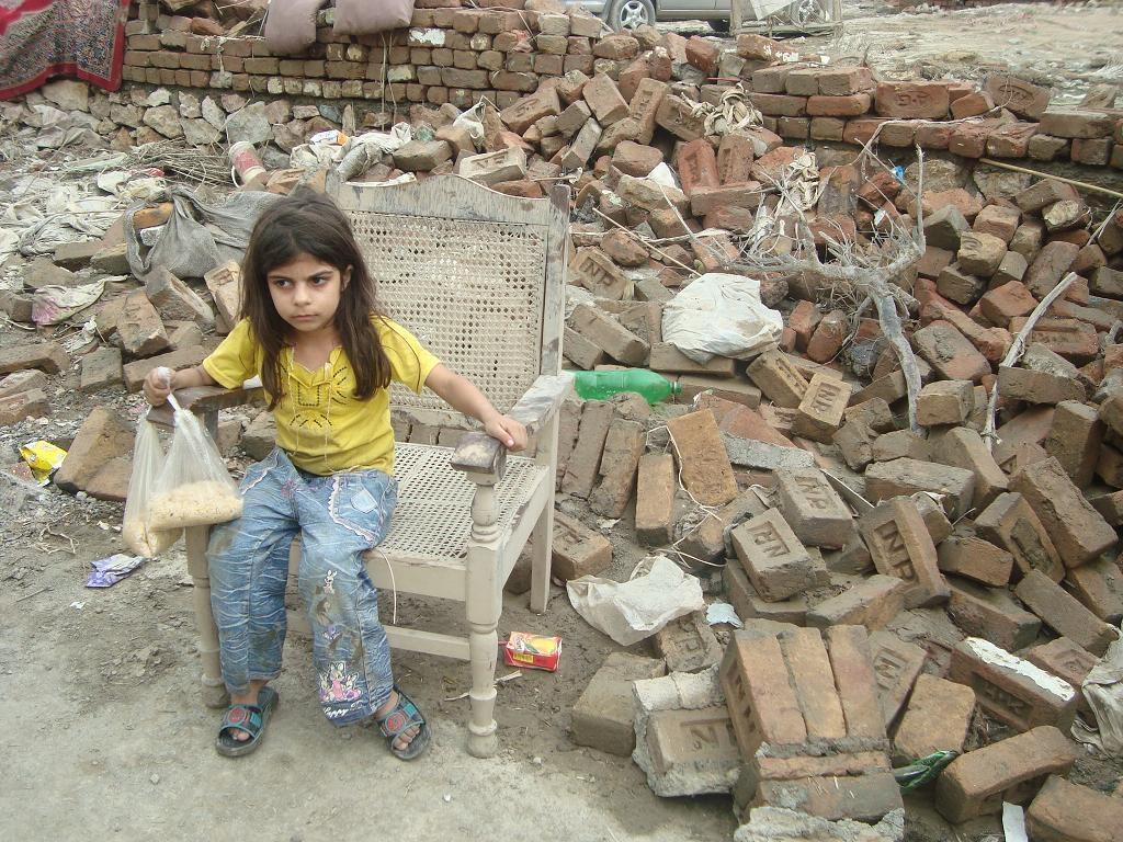 Essay help the flood victims