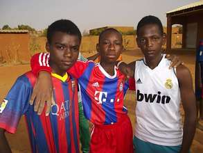 Aziz with his friends
