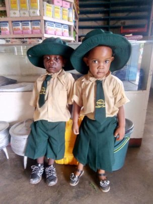 Help 100 Underprivileged Kids in Zimbabwe