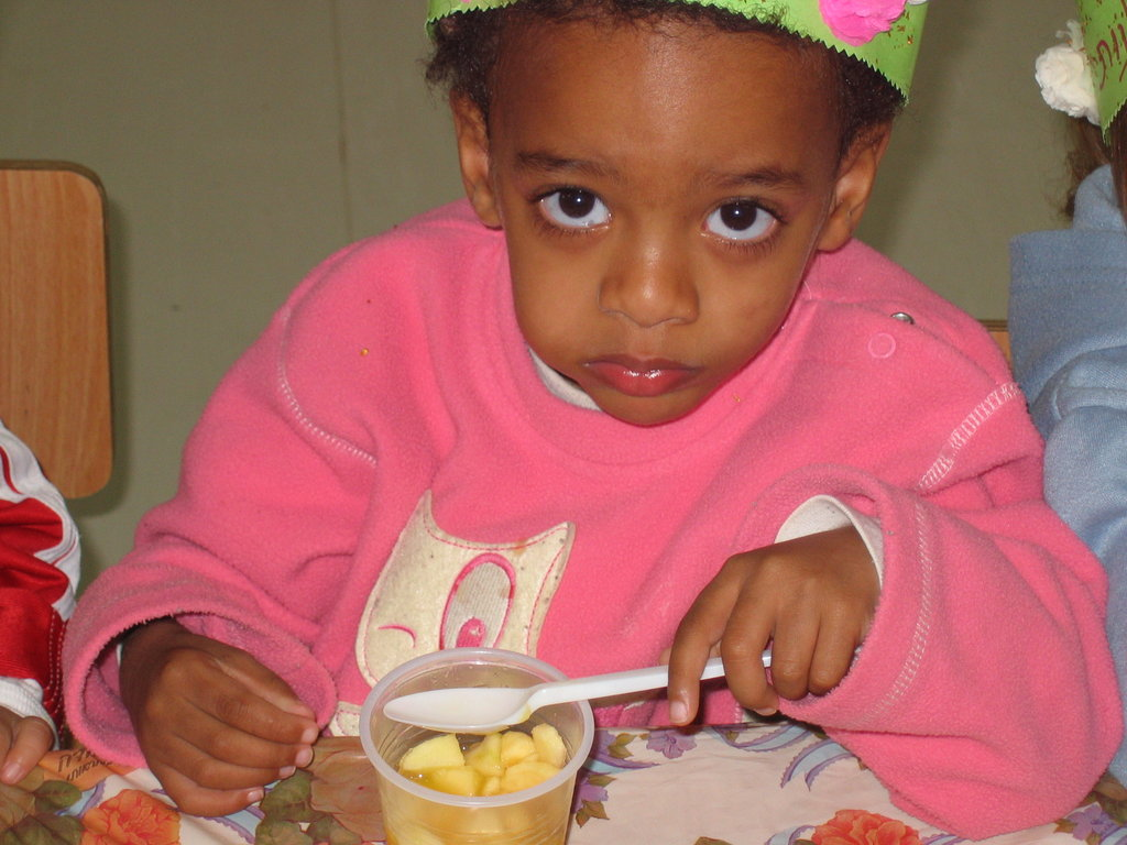 Help 570 Children Eat, Learn, and Live in Israel