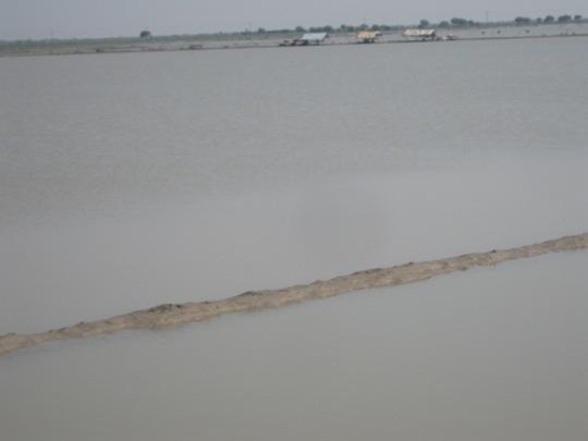 More than 350 villages still under flood water