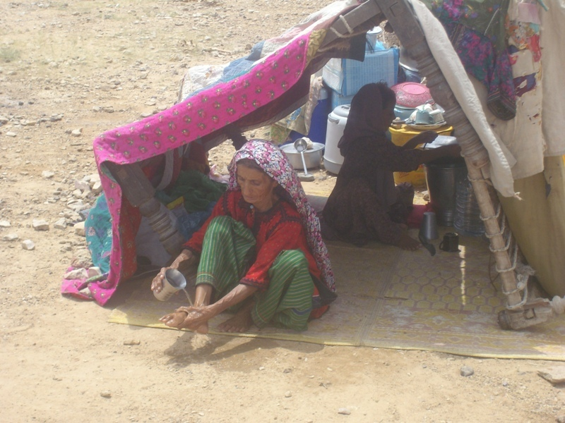 No tents avaibale for large no. of IDPs