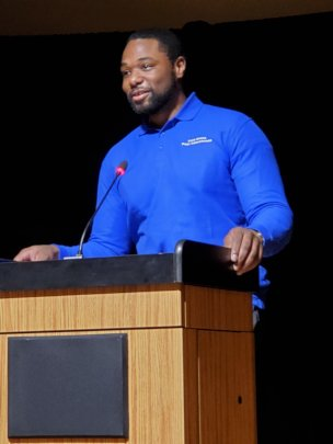 Nokomis speaking at the Takoma Park Poetry Reading