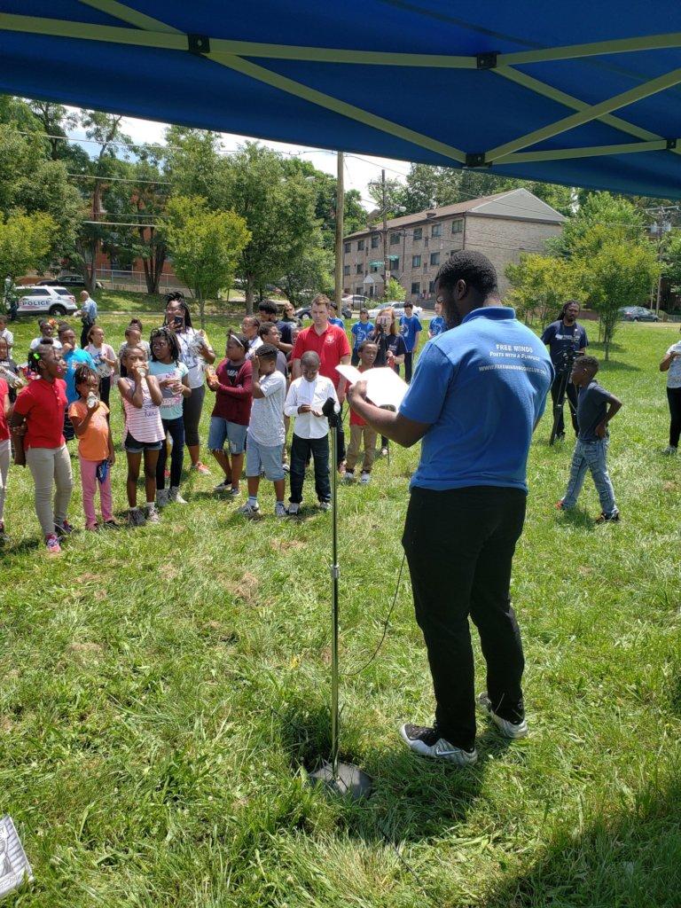 Poet Ambassador Anthony reads to DC students