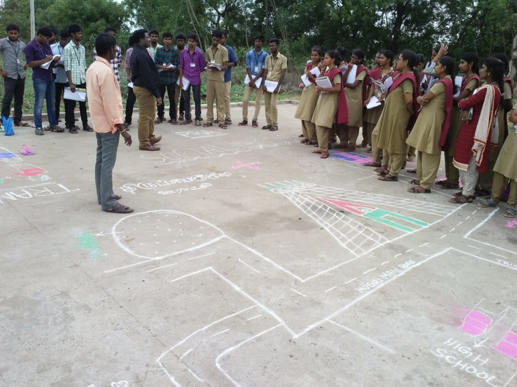 VOICE staff leading PRA in Thirupanjeeli village
