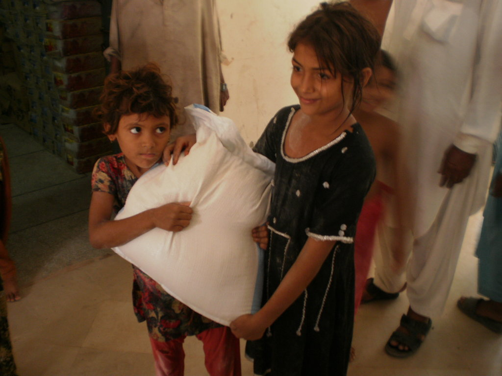 Save & Help Flood Victims in Pakistan