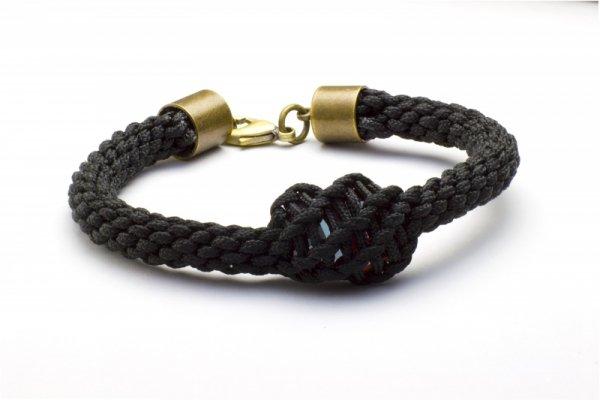 Kumihimo hand-braided cord about Swarovski crystal