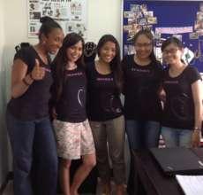 Houy with Team Senhoa members