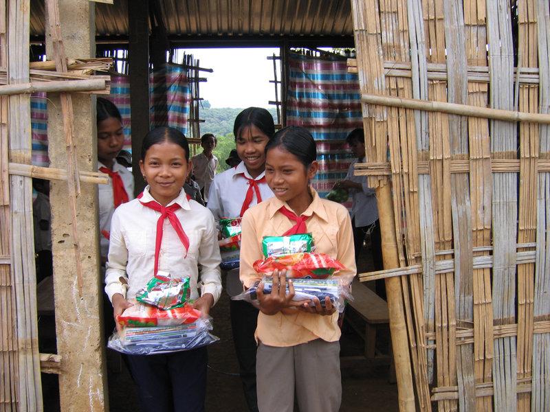 Help children in need in Vietnam stay in school