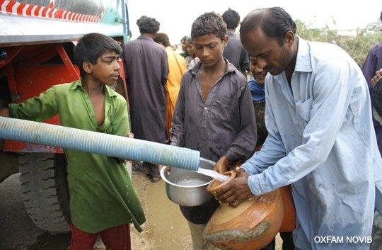 Oxfam providing immediate relief in Pakistan