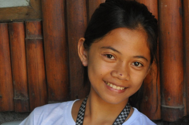 Help Arlyn stay in school by giving today