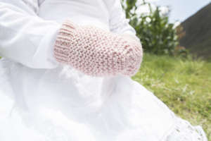 Our new 2018 baby mittens in light pink.
