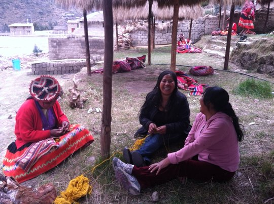 Estella & Justa working alongside Quechua weavers