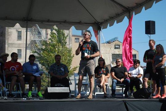 Gov. Kitzhaber addresses the crowd