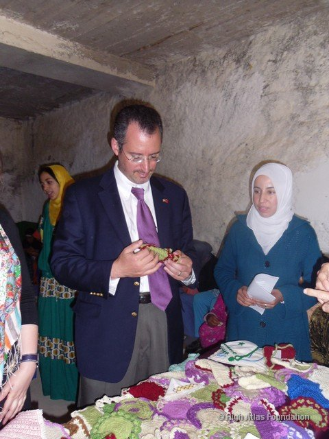 US Consul General visits the coop