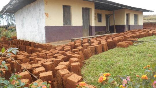 Help Mbosha women build a primary health centre.