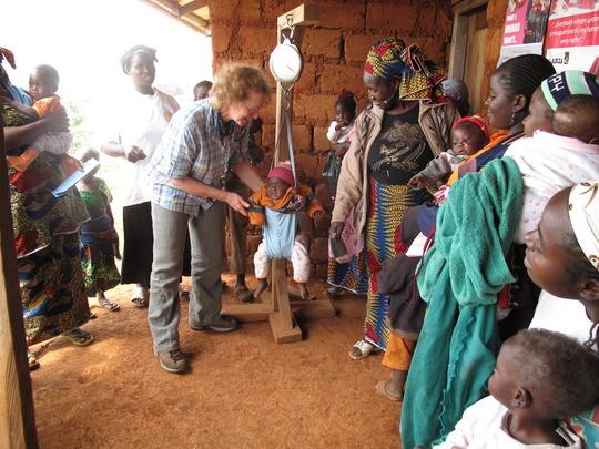 A volunteer from Uk in Mbosha child welfare clinic