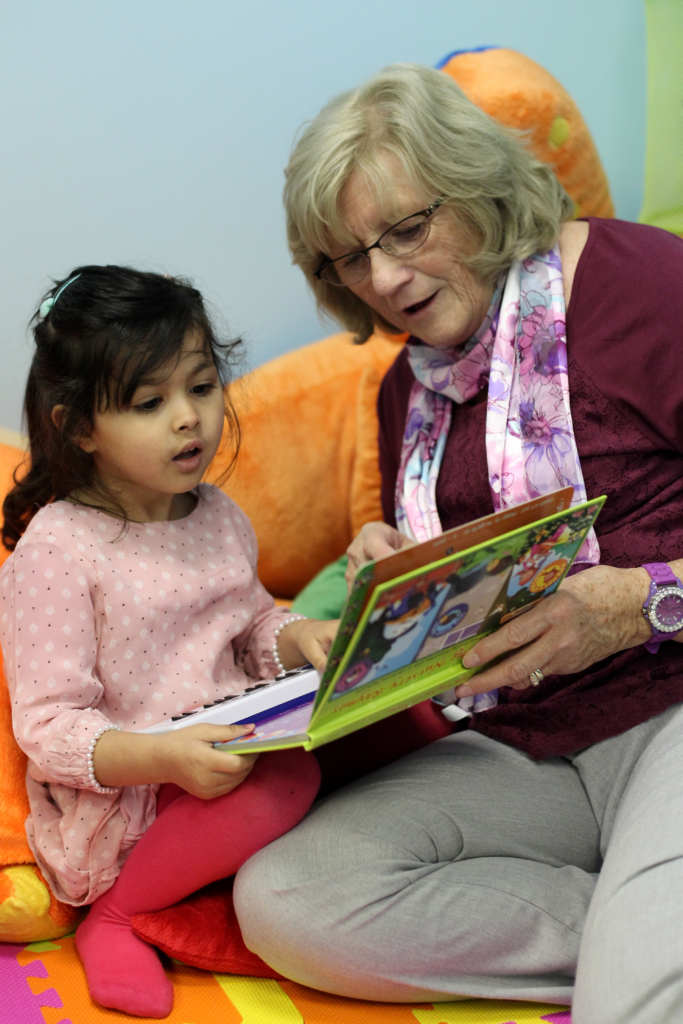 Lily-Rose plays with Shirley (Southern Daily Echo)