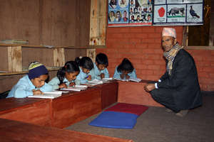 Managed Classroom in Majhgau School