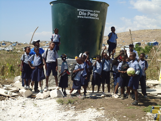 Clean water for the children of Camp Corail